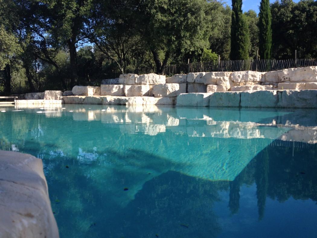 Piscines pool house laurent fils for Construction piscine originale